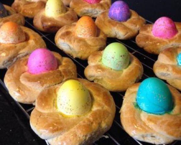 15 Delicious Easter Bread Recipes (Part 2)