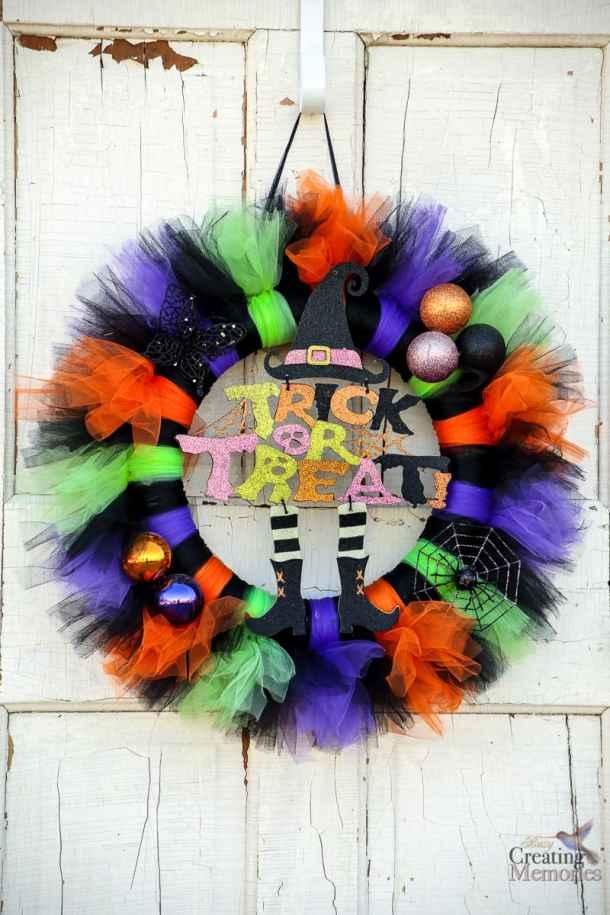 15 DIY Halloween Wreath Ideas (Part 1)