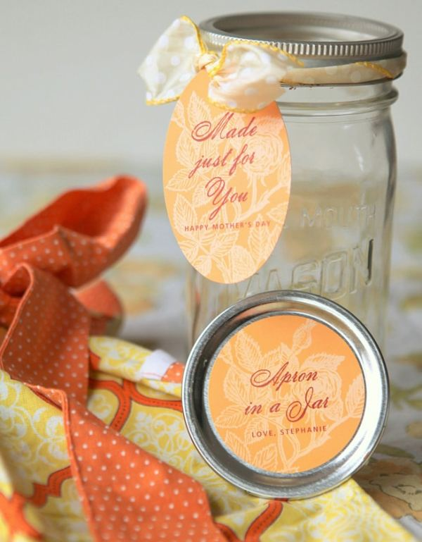 15 Creative DIY Christmas Gifts in a Jar (Part 1)