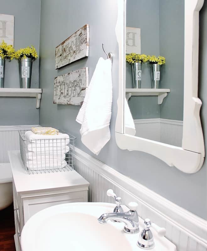 Farmhouse Bathroom Decorating Ideas - Thistlewood Farm on Farmhouse Bathroom Ideas  id=58315