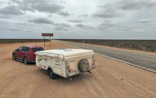 Nullarbor Plain Road Trip