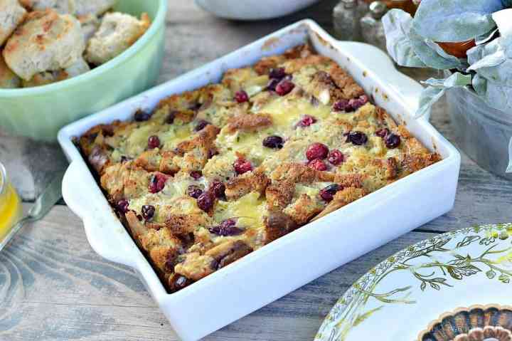Turkey, Cranberry and Brie Bread Pudding {Thanksgiving Leftovers}   leftover turkey recipes   turkey casserole recipes   thanksgiving recipe ideas   how to use thanksgiving leftovers   thanksgiving leftover recipes   Gluten-free thanksgiving recipes   Gluten-free recipe ideas   Gluten-free recipes    This Vivacious Life #Glutenfree #Thanksgivingleftovers