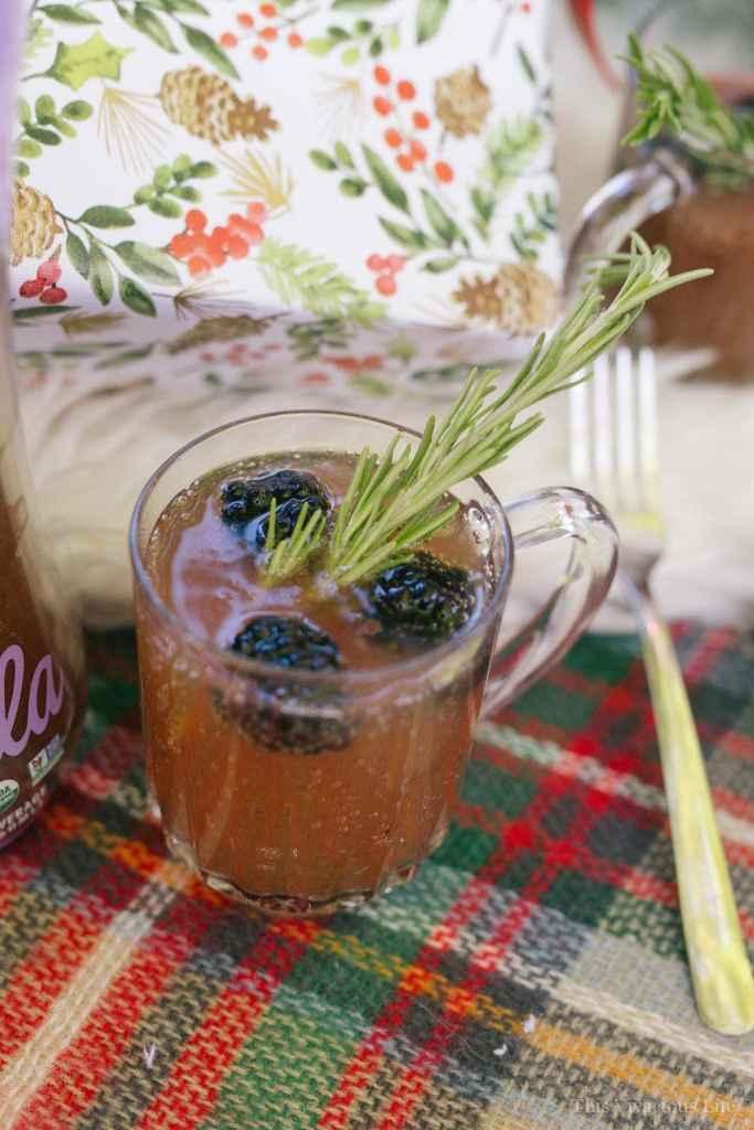Blackberry Rosemary Mocktail | homemade mocktail recipes | non-alcoholic drink recipes | family friendly drink recipes | easy mocktails || This Vivacious Life #mocktailrecipe #nonalcoholicdrink #familyfriendlydrinks
