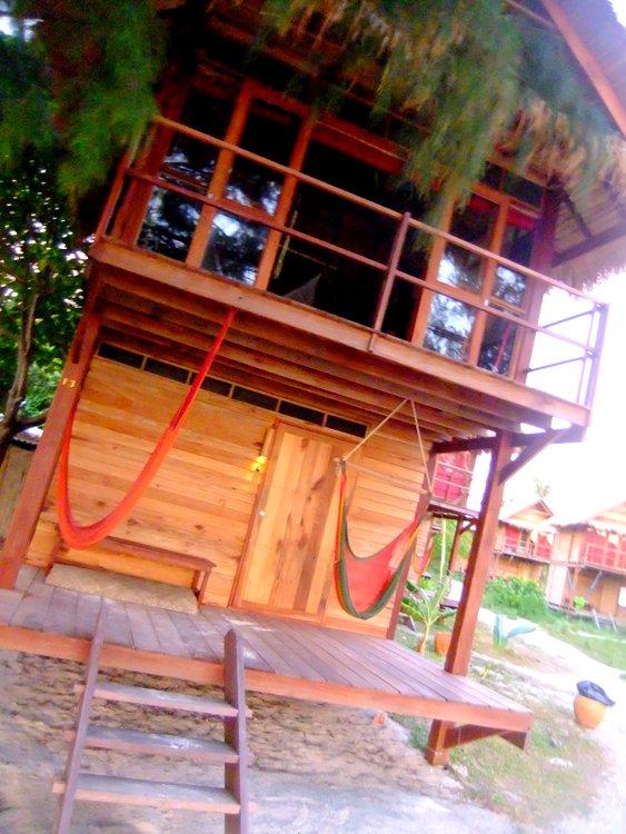 Castaway Resort bungalow