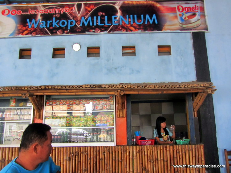 Coffee Shop in Makassar, Belitung