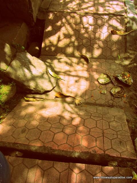 Bali sidewalks
