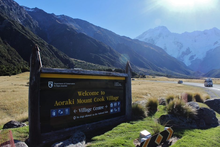 A welcome sign at Aoraki, New Zealand