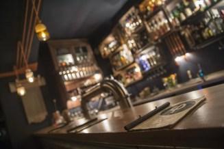Bar Kleines Phi