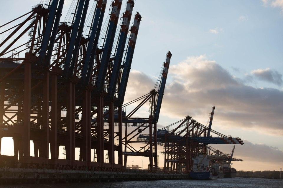 2015-04-02 Containerhafen Hamburg001
