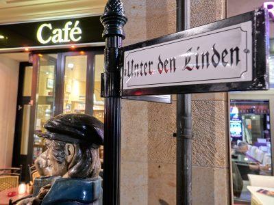 ein Original Berliner Café Unter den Linden