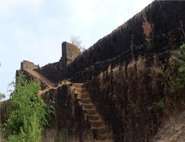 Image Source: http://timelinegoa.in/wp-content/uploads/bfi_thumb/Cabo-De-Rama-Fort-in-Canacona-Goa-timeline-goa-32i32b7cbfrfvarvbsd1c0.jpg