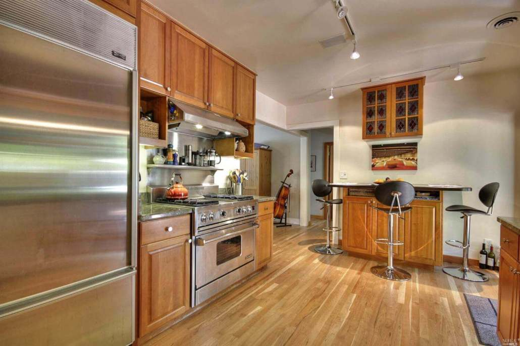 Kitchen of 33 Harte San Rafael