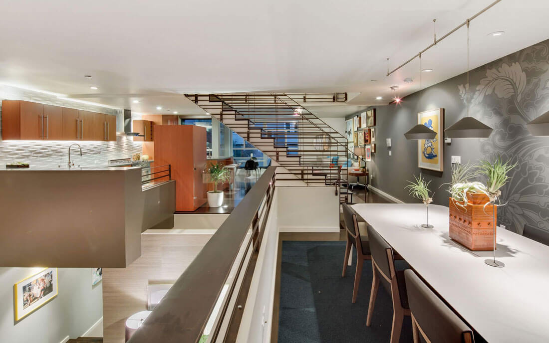 Mezzanine level of 124 Lily Street in San Francisco