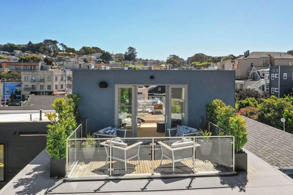 Modern roof deck in San Francisco