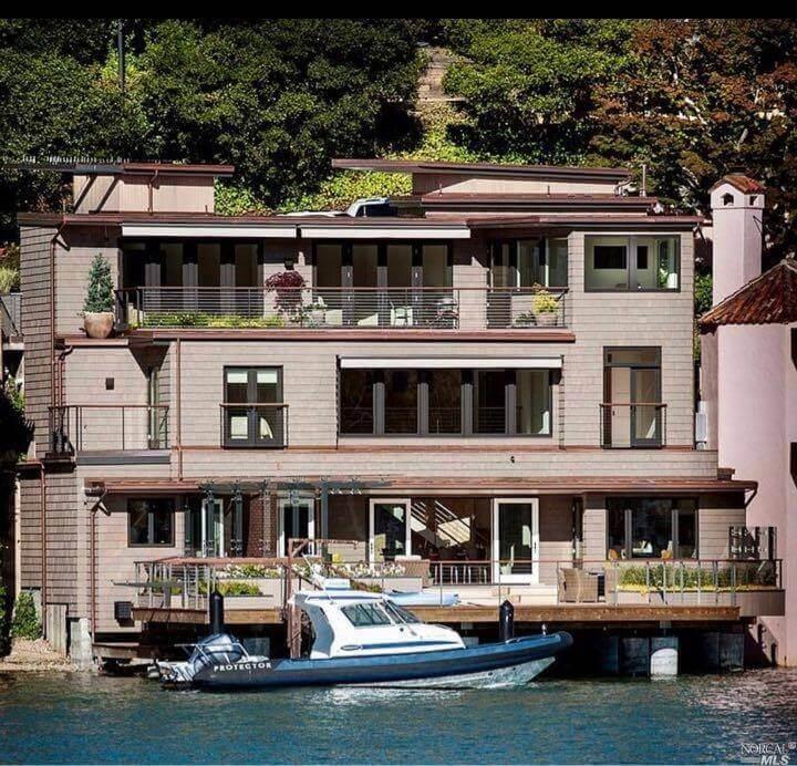 3 Bellevue Avenue Belvedere, California sold in 2020