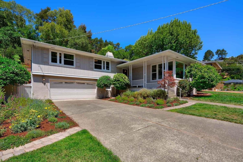 257 Mountain View Avenue in San Rafael
