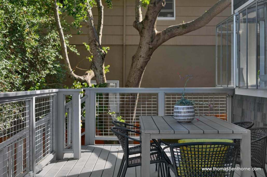 deck with table