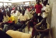 La salle d'audience du Conseil d'Etat est comble