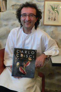 Carlo Crisci a publié plusieurs livres de recettes.