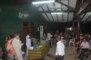Dégustation sous le couvert de l'Alliance française d'Accra.