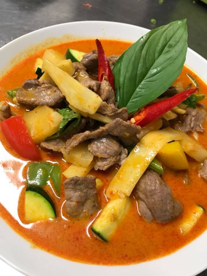 Red curry rode curry