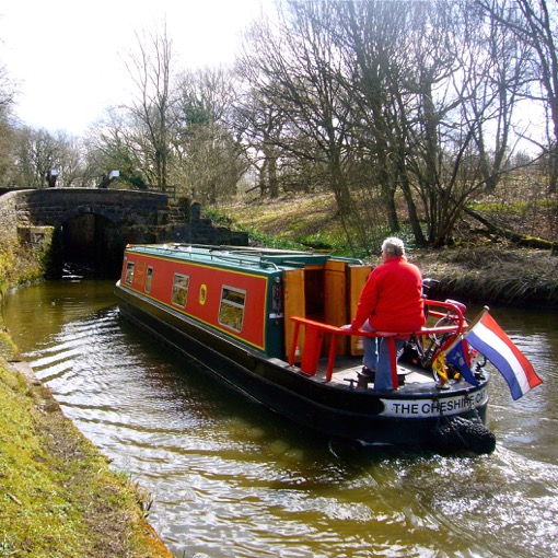 Cheshire Cat hire boat thorn marine Stockton heath Warrington Cheshire