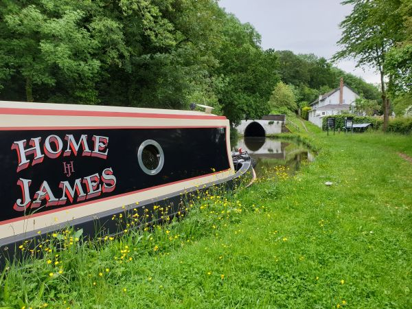 Thorn Marine luxury canal boat hire trent and mersey canal cheshire