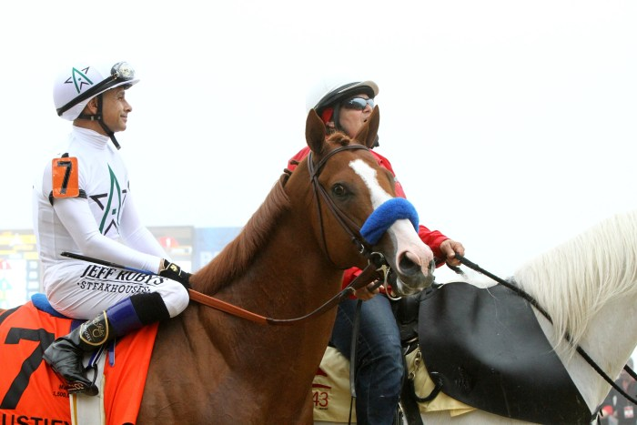 Justify and Mike Smith head to post for preakness