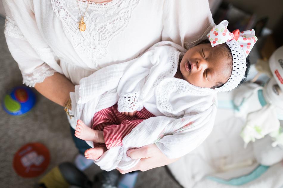 michigan newborn photographer - mo-007