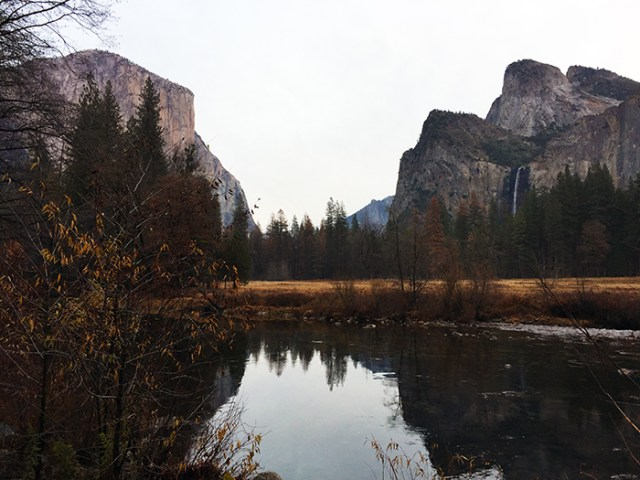 yoesmite-valley-in-autumn