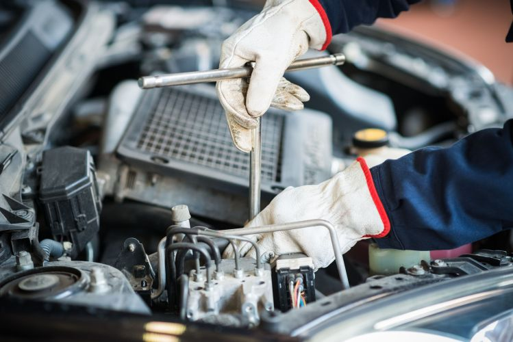 Troubleshooting A Popping Sound Coming From Your Engine