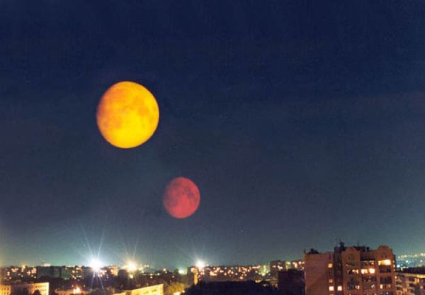Two Moons on August 27 Urban Legends