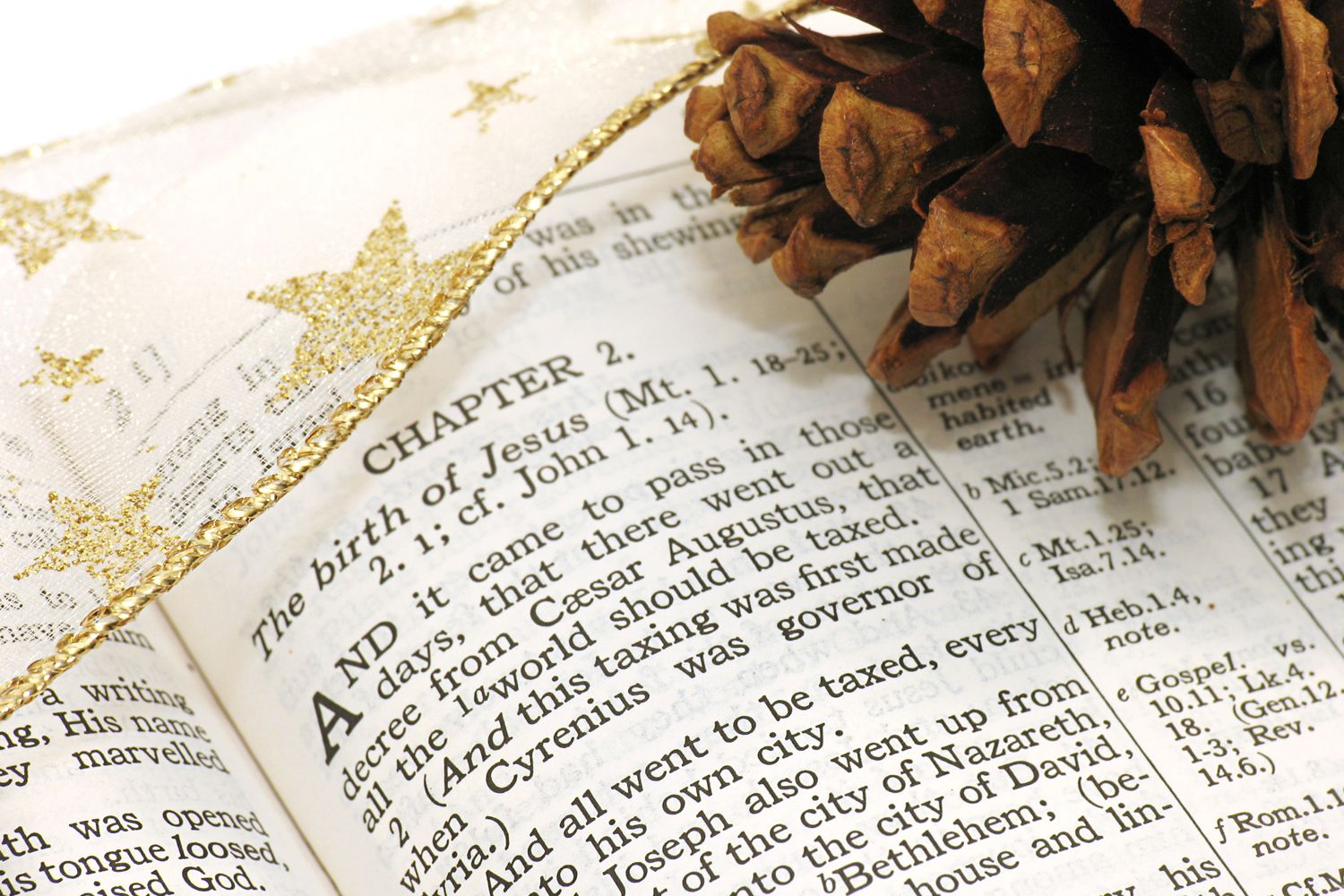 13 Bible Verses About Christmas
