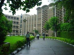 IIT-Bombay-campus (1)