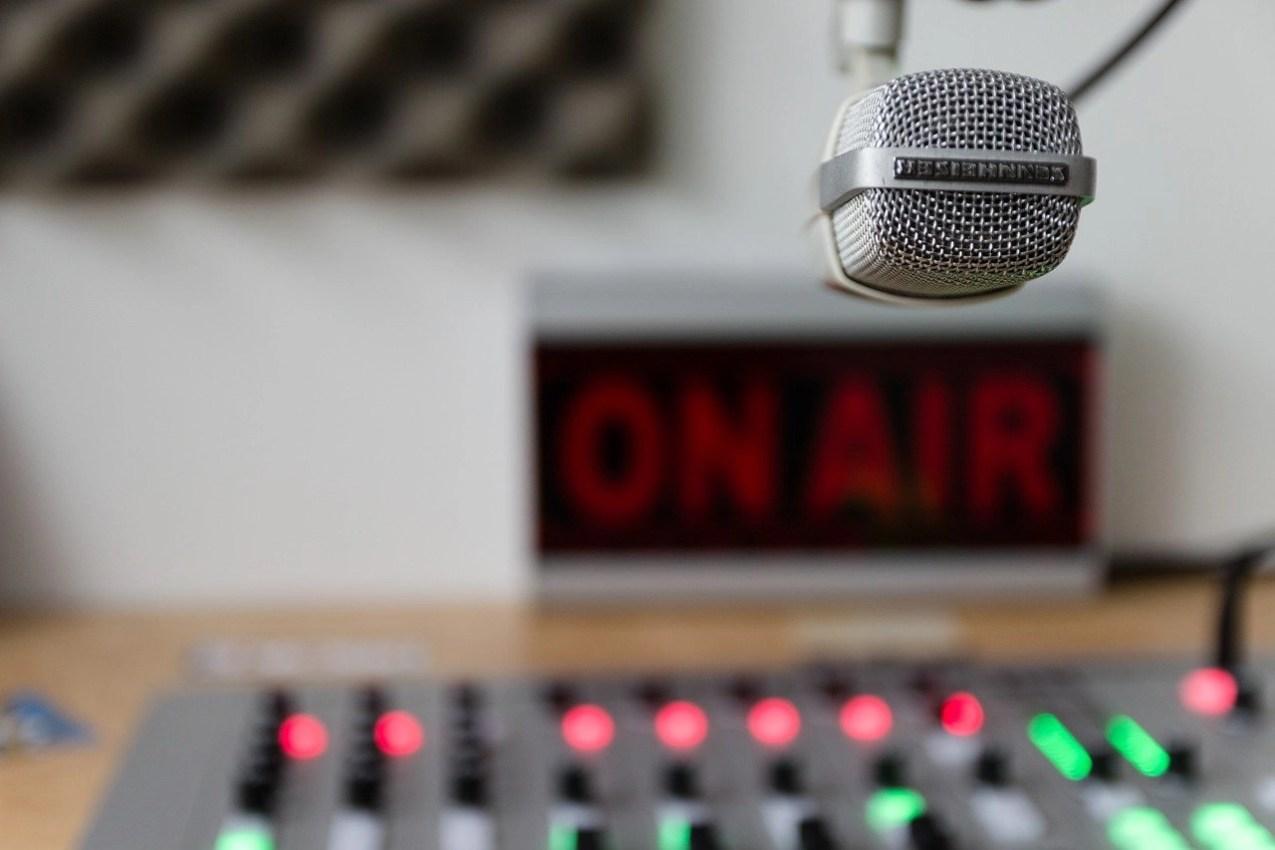 microphone on air
