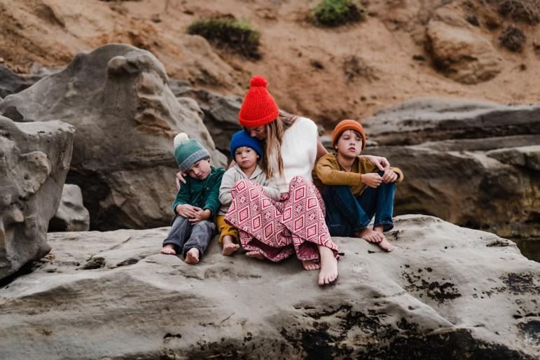 'L' FAMILY | MOTHERHOOD MINI SESSION AT THE BEACH-73