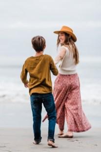 'L' FAMILY   MOTHERHOOD MINI SESSION AT THE BEACH-73