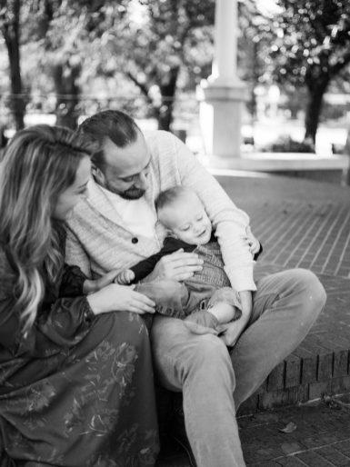 'E' FAMILY   A LIFESTYLE FAMILY FILM SESSION