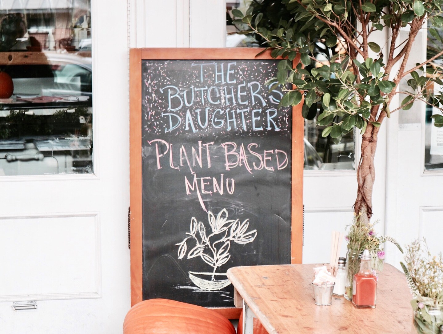 A Plant-Based Restaurant In New York You Must Visit | The Butcher's Daughter, New York