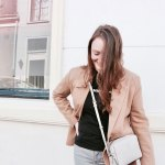 Neutral Colored Blazer Outfit OOTD Fashion Tommy Hilfiger DKNY Bershka Levis