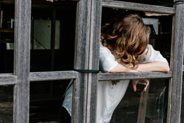 Healing Your Anxiety: Effects & Defects Of Top 3 Popular Methods