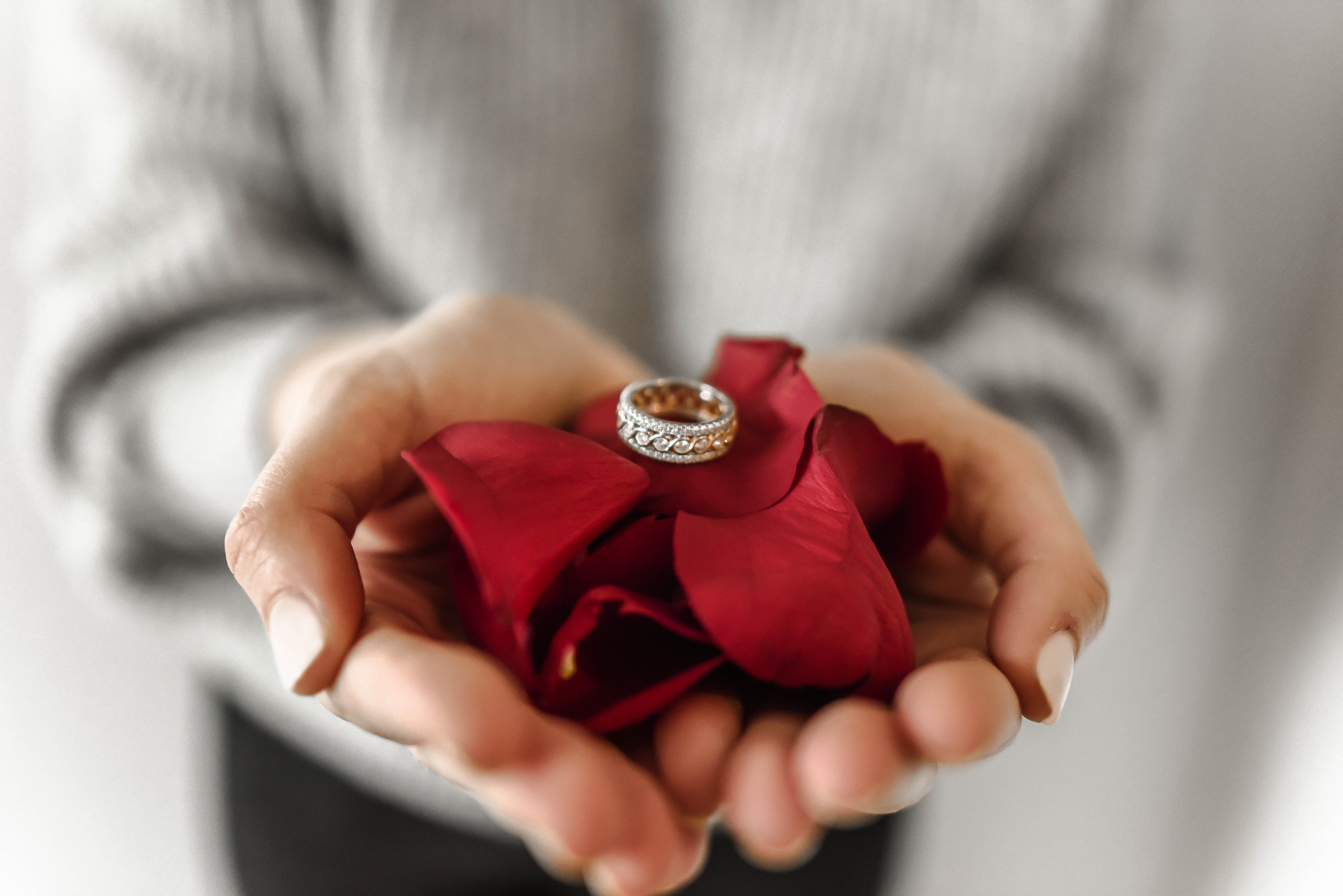 How to Create the Best Setting to Popping the Question