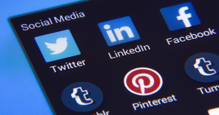 Psychology Behind Social Media — Posting to Feed One's Ego?