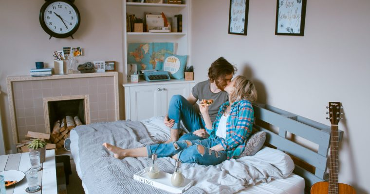 Tips to Have Fun with Your Partner While Social Distancing