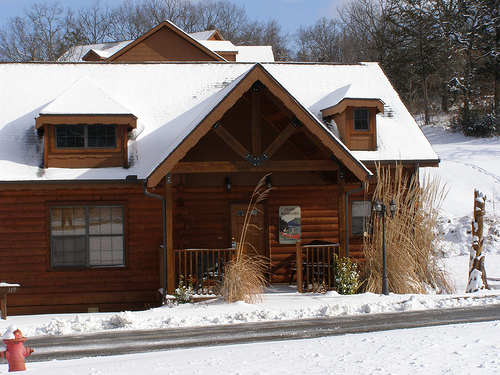 branson-cabin-winter