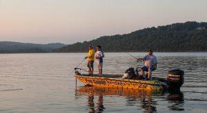 A fun family getaway in branson mo for Lake taneycomo fishing resorts