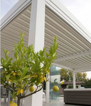 sarasota fl motorized retractable screens awnings patio shades