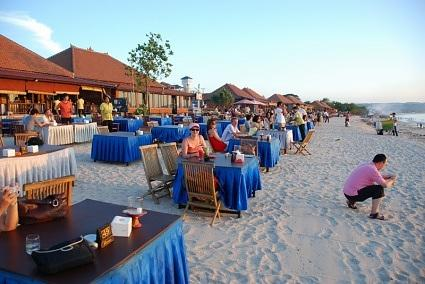 Jimbaran Beach, Bali ( for some seafood sunset dinner)