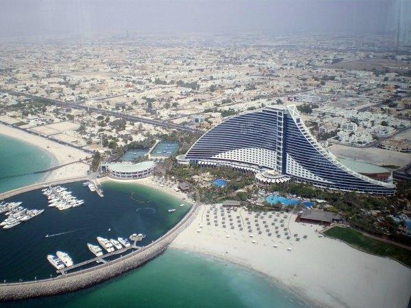 Review of jumeirah beach dubai world 39 s best beaches for Dubai hotels near beach