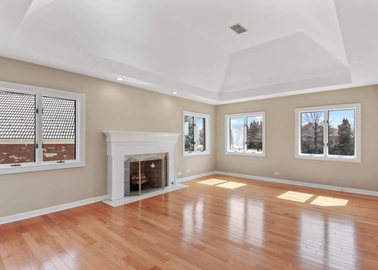 Virtual staging services for real estate photography - empty master bedroom before digital staging